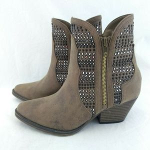 Mia Siz 6 Ankle Boots Brown with Black Beading Zip